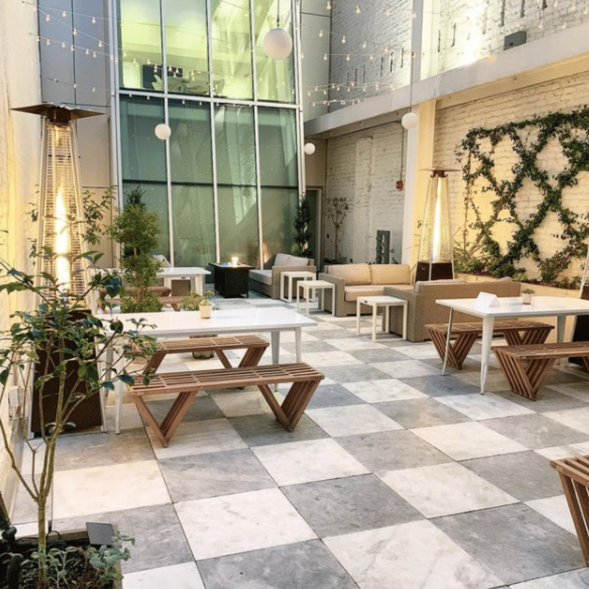 The Lobby Bar - 25 Restaurants for Outdoor Dining in Downtown Richmond