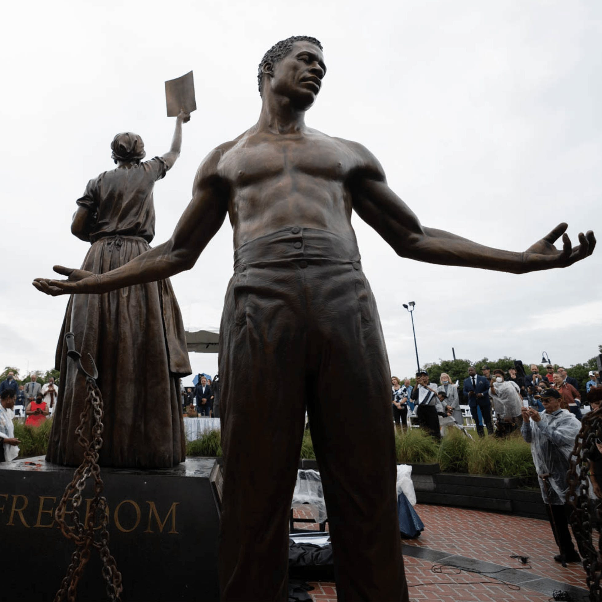 Front view of the freed male slave statue depicted in the Emancipation and Freedom Monument on Brown's Island