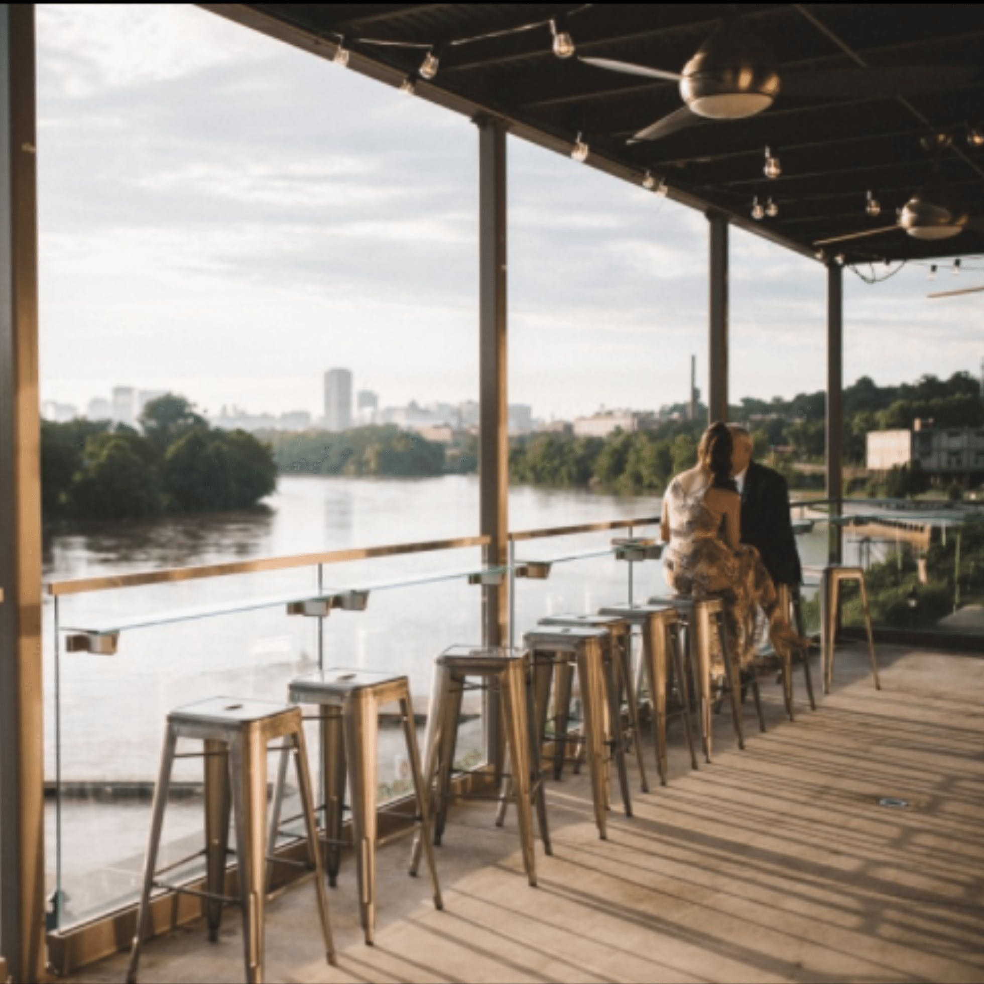 Boathouse - 25 Restaurants for Outdoor Dining in Downtown Richmond